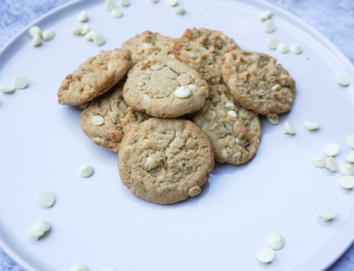 Macadamia White Chocolate Cookies